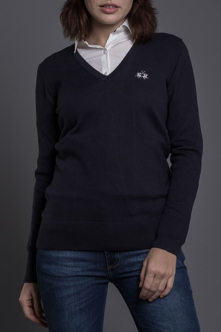 SWEATER-V-NECK-BASICO