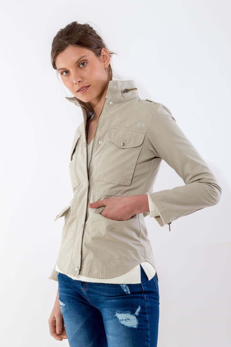 CAMPERA-SAFARI