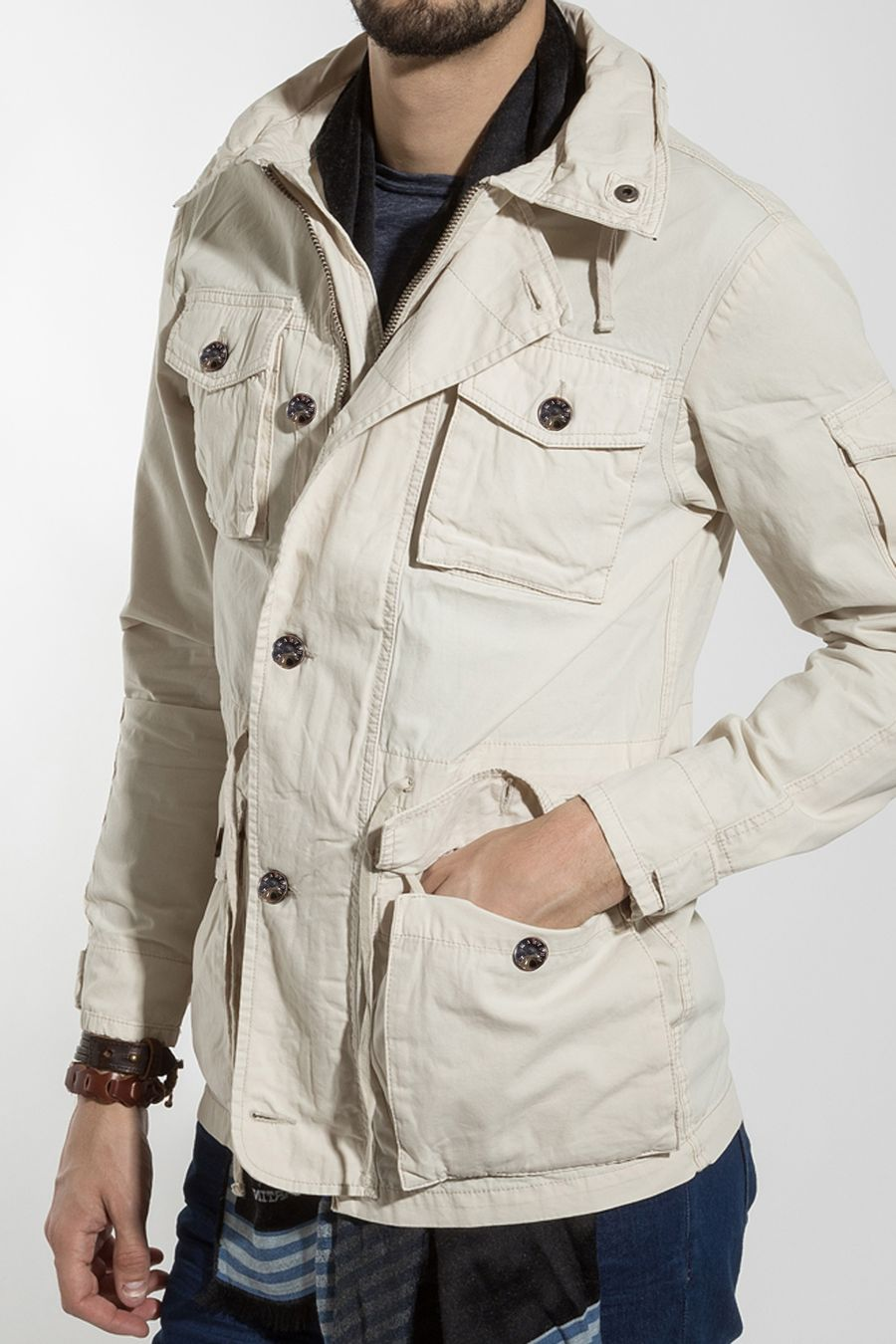 CAMPERA-EXPLORER-CRUDO